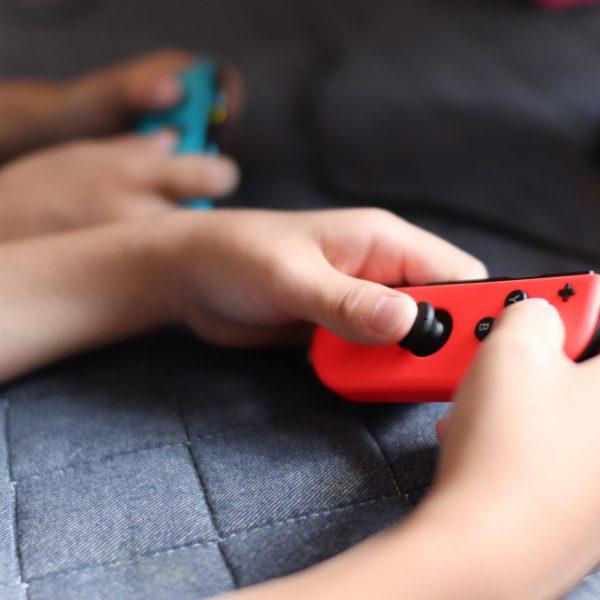 ゲーム 任天堂スイッチ コントローラー