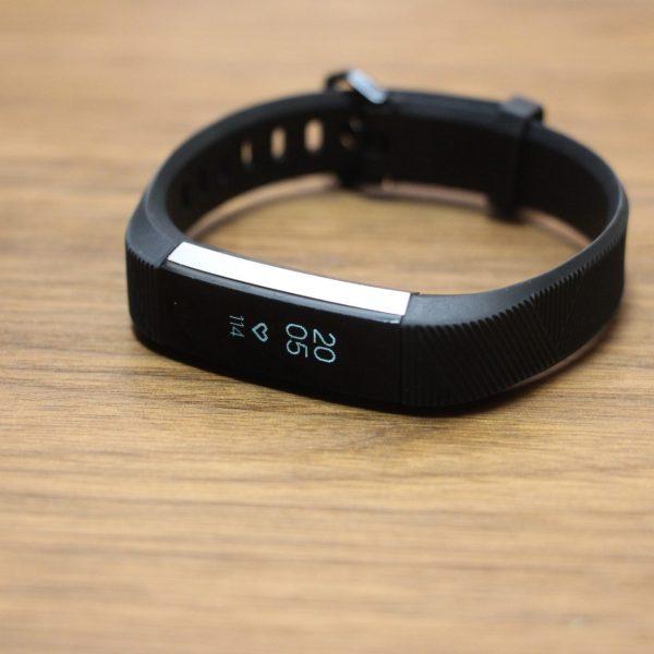 fitbit スマートウォッチ 活動量計 腕時計 心拍